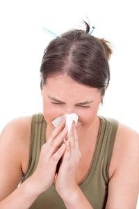 sneeze_woman_main